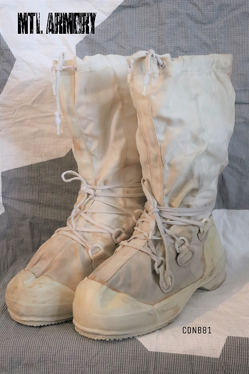 CANADIAN FORCES MUKLUK BOOTS SIZE10