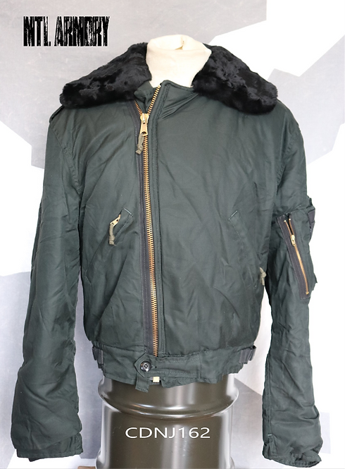 RCAF ISSUED DARK GREEN PILOTS JACKET SIZE 7441