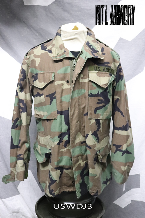 US ARMY WOODLAND CAMO M65 JACKET SIZE MEDIUM-REGULAR