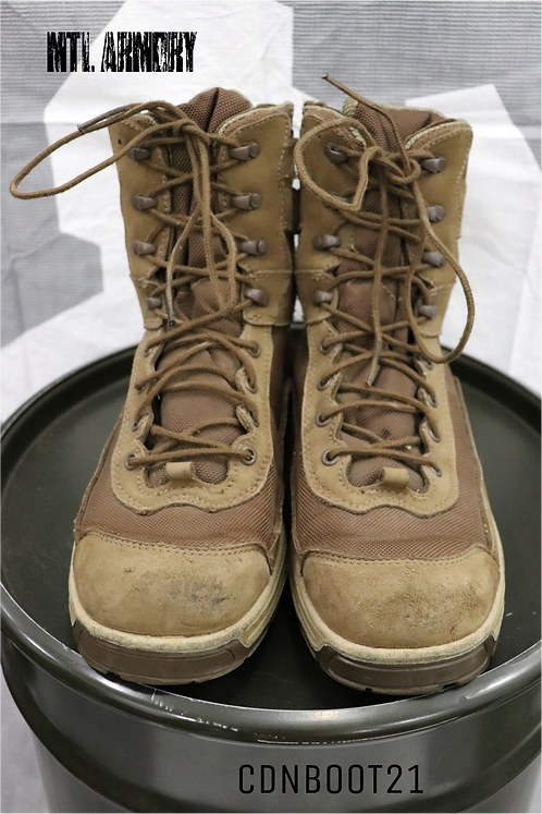 CANADIAN FORCES ISSUED ROYER BOOTS SIZE 275/108 (9.5)