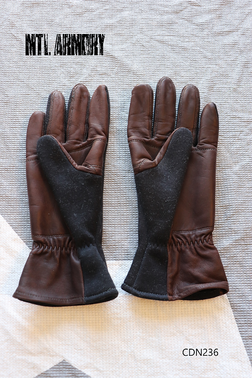 ROYAL CANADIAN AIR FORCE COLD WEATHER FLYER'S GLOVES SIZE MEDIUM