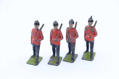 BRITAIN LEAD TOY SOLDIERS SET OF4