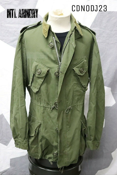 CANADIAN FORCES ISSUED 3 SEASON JACKET SIZE M-L