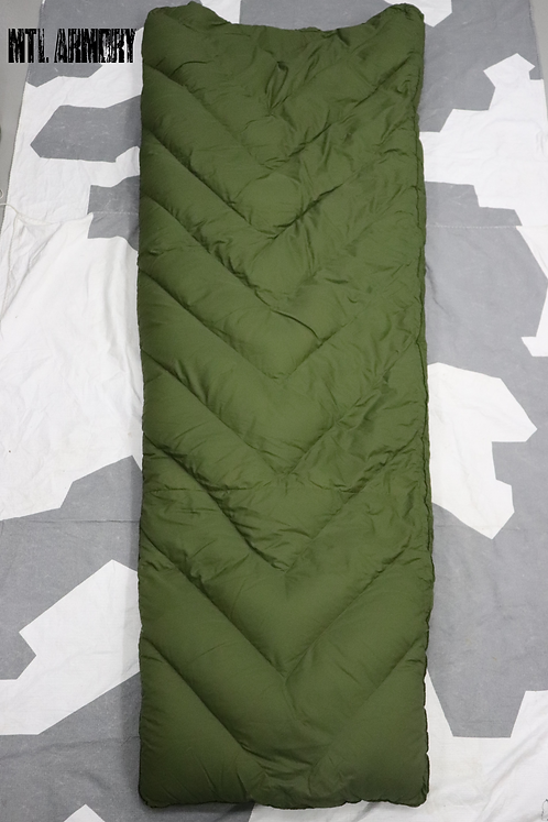 CANADIAN FORCES VGT OD WOODS DOWN FILLED SLEEPING BAG