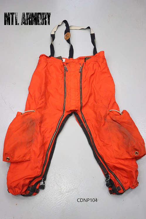 CANADIAN FORCES SAR TECH PANTS SIZE LARGE