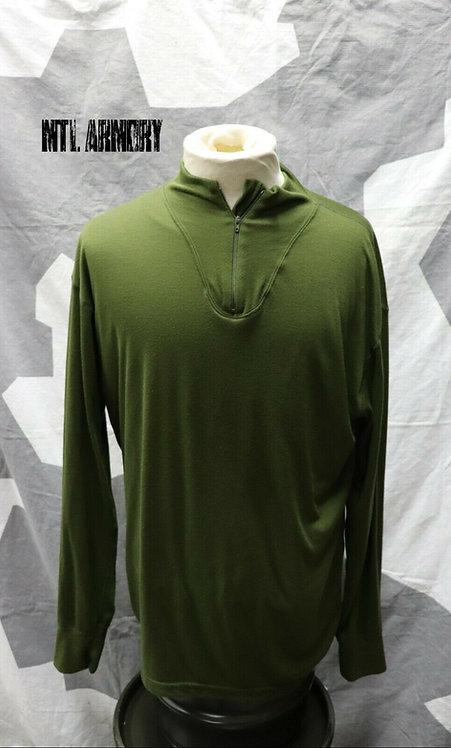 CANADIAN FORCES ISSUED THERMAL LONG SLEEVE SHIRT
