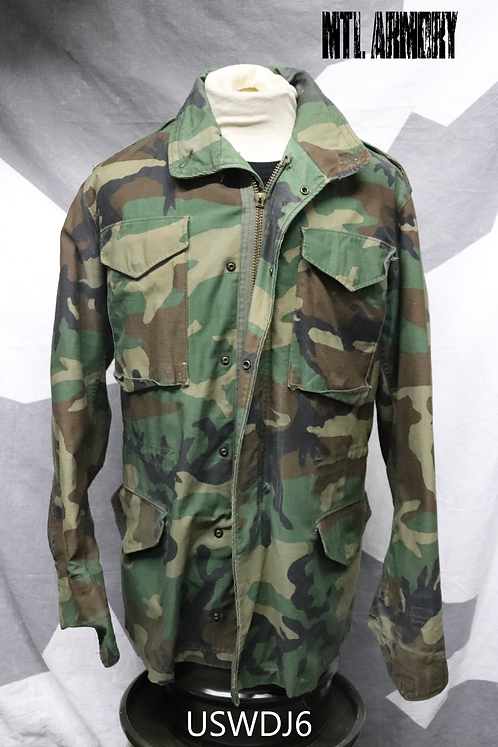USA ARMY WOODLAND CAMO M65 SIZE SMALL-LONG