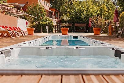une-bel-espace-piscines_1.jpg