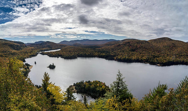 ob_a6371f_panorama-mont-tremblant-2.jpg