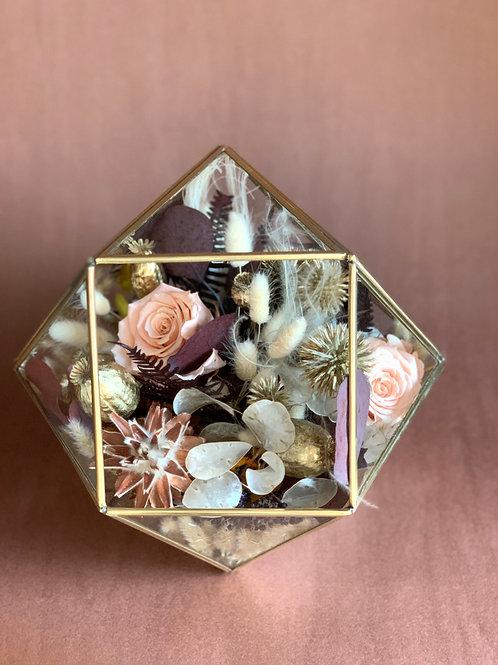 Geometrik Fanus - Kalıcı Çiçek (KDV dahildir)