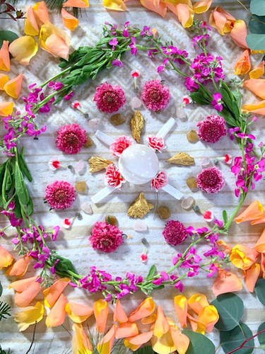 Crystal and flower grid