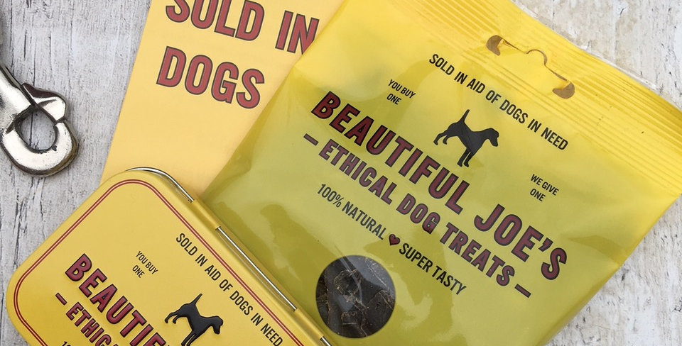 Beautiful Joe's Ethical Dog Treat Set with Tin