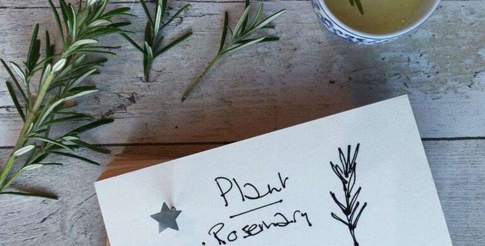 Personalised Oak Memo Block With Star Nail