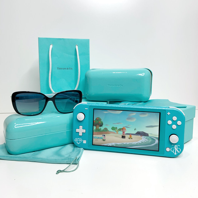Tiffany & Co Switch Lite