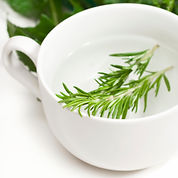 1200-7977132-rosemary-leaves-in-hot-wate