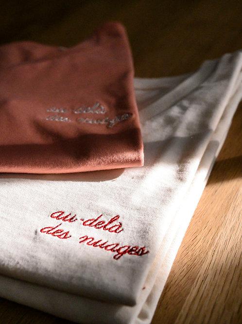Tshirt Au Delà des Nuages