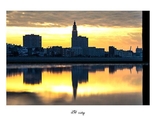 LH city - Reflet depuis la mer