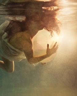 Watsu Water bodywork therapy relaxation