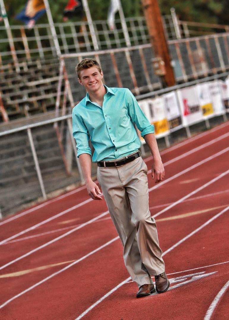 High school senior portraits on Bend Senior high school track