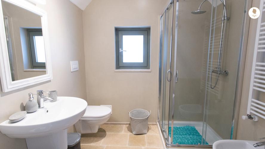 Second Bathroom, Villa San Domenico