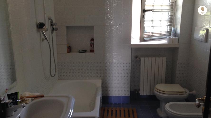 Bathroom, Trullo Pietro