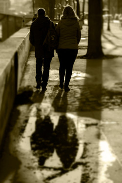Paris_coupleSepia001_b