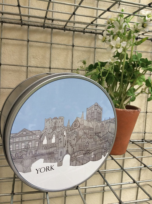 York Skyline Round Metal Tin