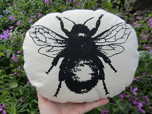 Buzzy Bumble Bee cute silk screen print cushion realistic great for naturalists