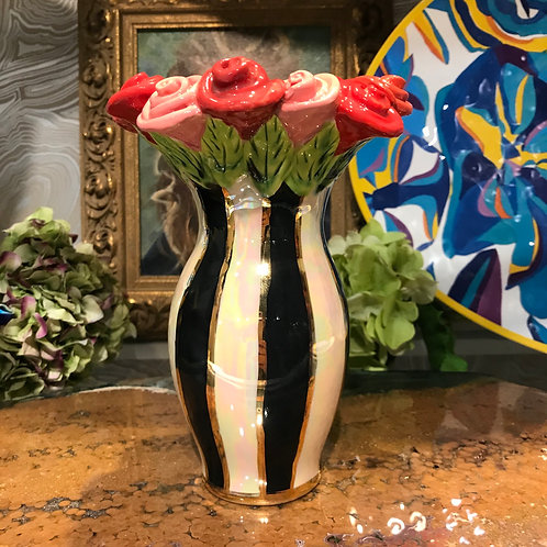 Mary Rose Vase with Rose Edge
