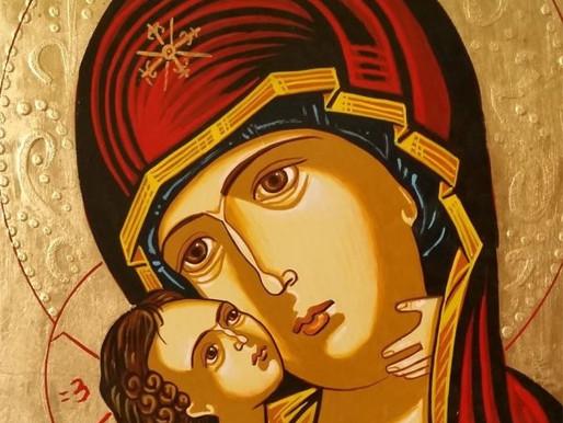 Pour vaincre le mal, une femme bénie entre toutes