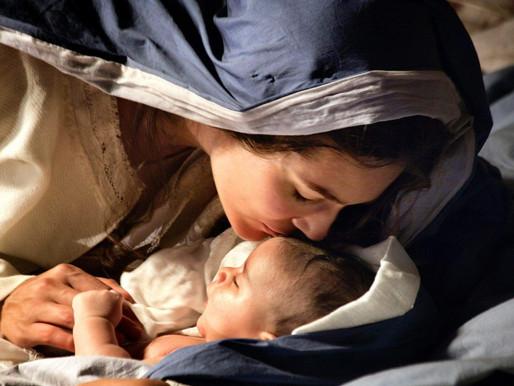 Marie qui prie pour nous