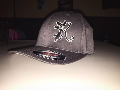 FlexFit Hat R Logo