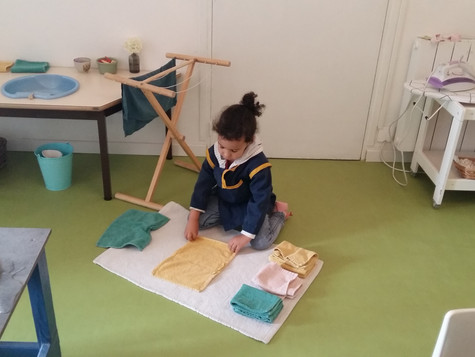 Jardin des enfants Montessori avant les grandes vacances (juin-juillet)