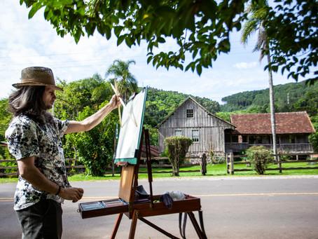 Artista retrata cotidiano rural de Gramado