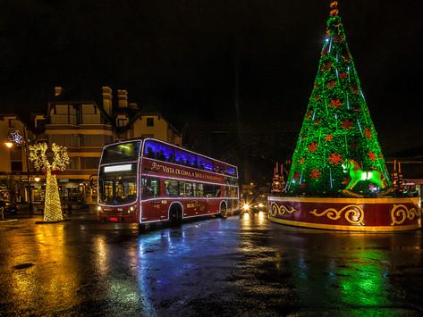 Um ônibus para iluminar ainda mais as noites de natal
