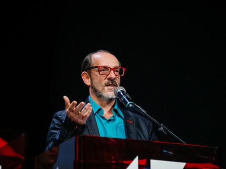 """Festival será histórico e de resistência"" - Marcos Santuario (Entrevista)"