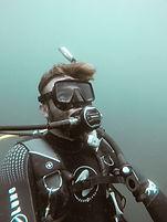 Diving 2_edited.jpg