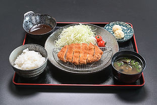 ロースかつ定食_s.jpg