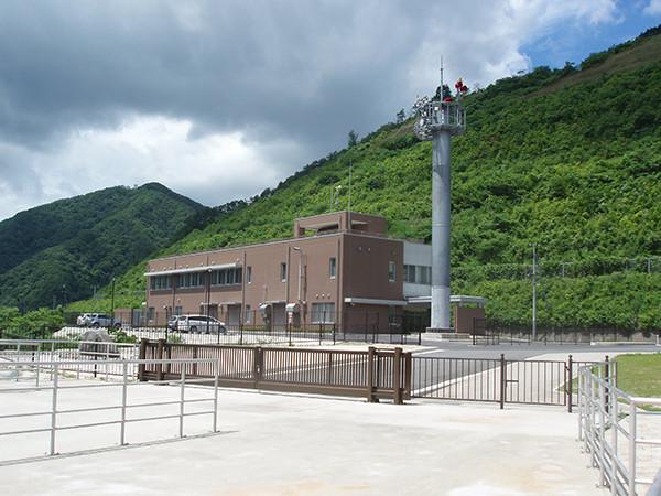 国土交通省 志津見ダム管理庁舎1.jpg