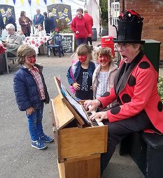 Portrait bilbro Harmonium Ladybird fest