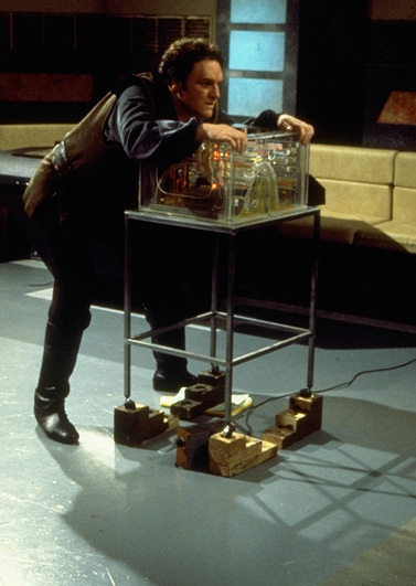 Gan (David Jackson) on set with Orac