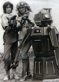 Cally, Jenna and the robot