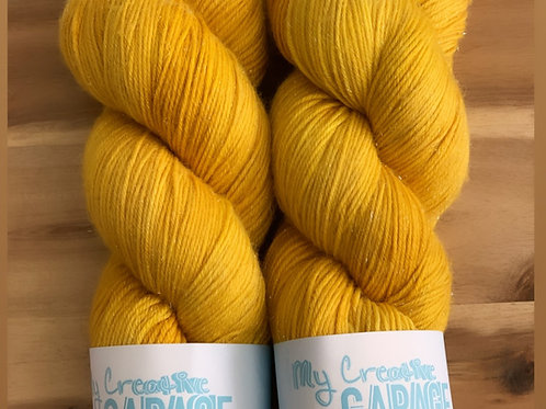 Canary - Fingering Weight ( Silver Stellina)