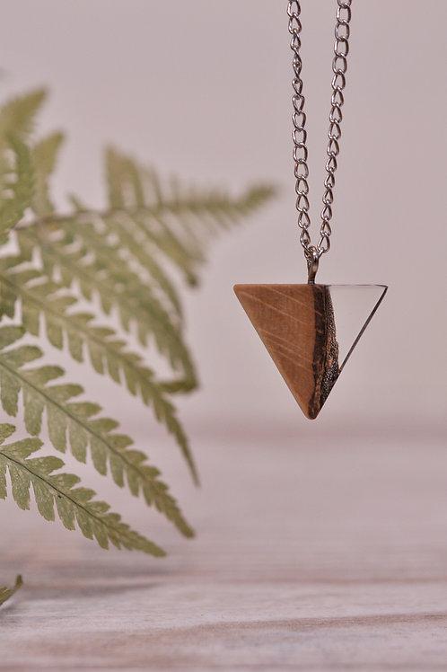 """Lesena verižica z epoksijem """"Mini trikotnik"""""""