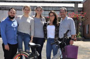 """Ontem (6), a jornalista Adriana Zottis noticiou o projeto """"Ciclovia de Plástico"""" na coluna Gente S/A do Diário de Canoas.  😀👏👏👏 #inov..."""