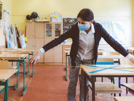 Estado de SP deve contratar até 10 mil professores para volta às aulas presenciais