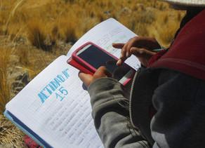 Cerca de 300 mil alunos desistiram da escola no Peru durante a pandemia.