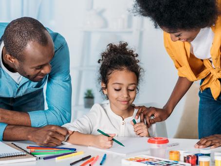 Como família e escola podem se dividir para beneficiar os alunos em tempos difíceis?
