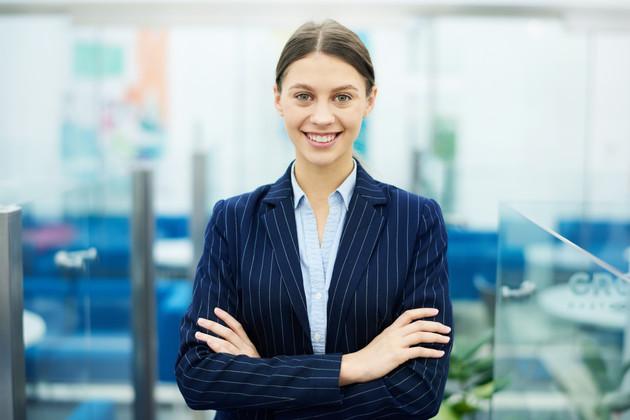 Successful-businesswoman-posing-548574.j