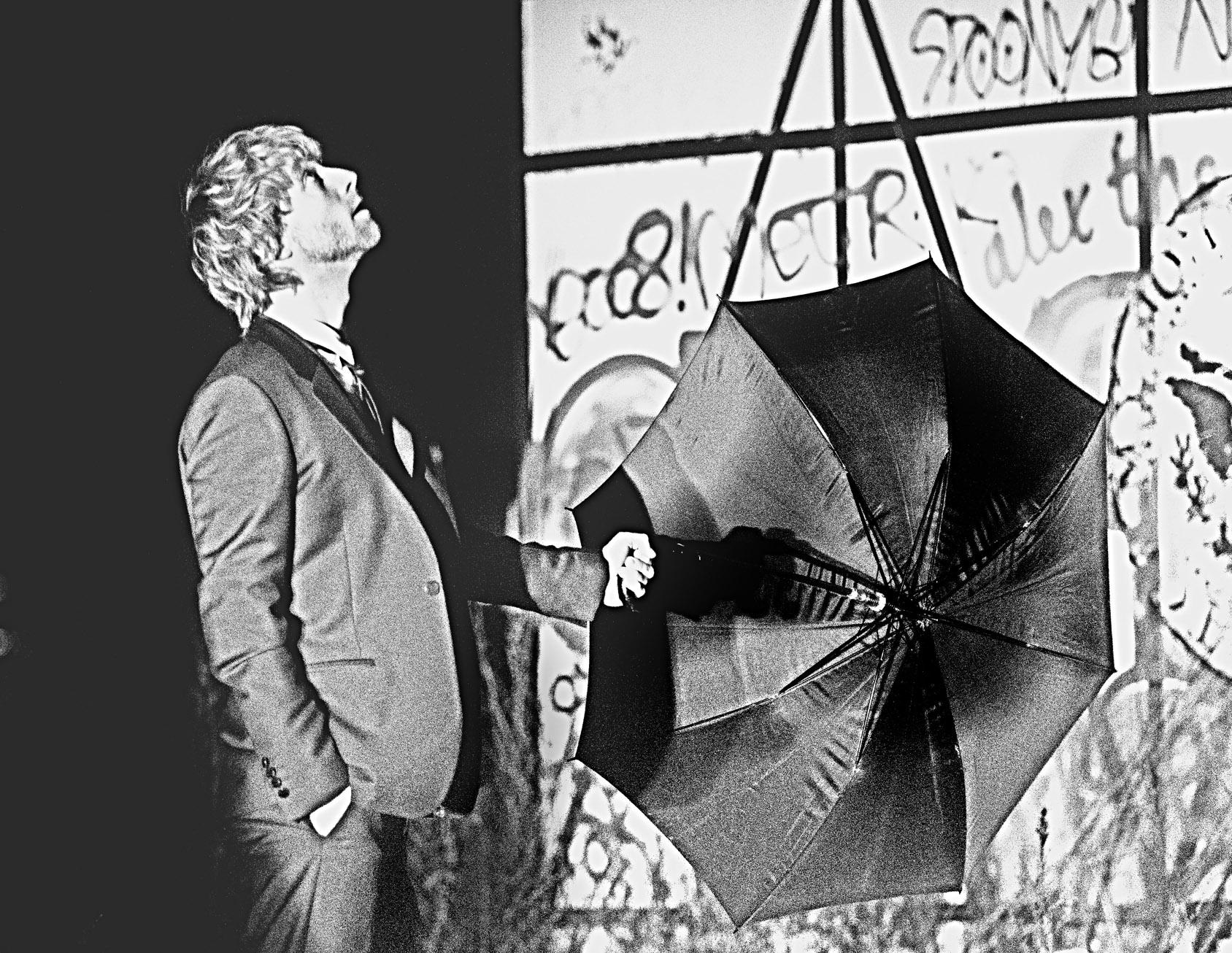 kresten_mads_portræt_paraply